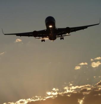 accompagnatore di volo online dating 47 anno vecchio uomo dating 33 anno vecchio donna