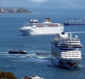 Foto A Savona Corso Guest Service su navi da crociera